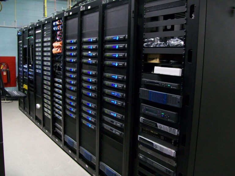 Who Are Iptv Providers? How Do Iptv Servers Work?